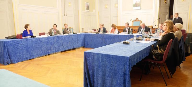 Juliette Raoul-Duval (PS) s'étonne de l'opposition d'Olivier Passelecq (UDI) - Photo VD www.paristribune.info