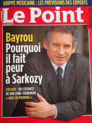(c) Le Point.