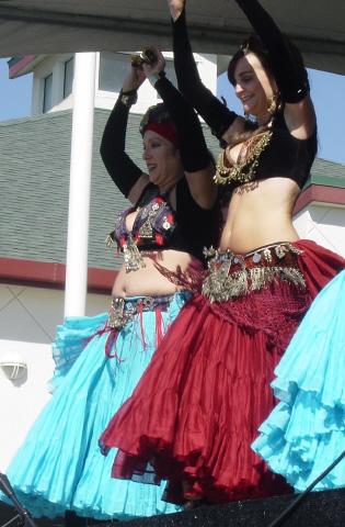 De la danse orientale à l'ATS, il n'y a pas qu'un pas…