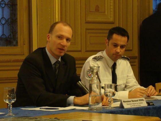 Renaud Vedel, Directeur-adjoint au cabinet du Préfet de Police, et Antoine Salmon, Commissaire de police du 6ème