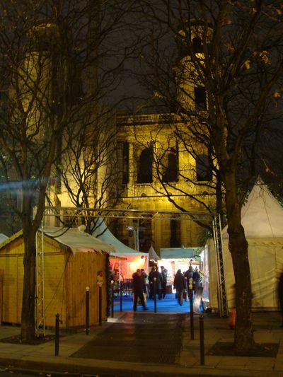 Le Village de Noël Place Saint-Sulpice