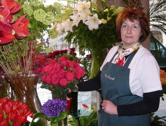 Joëlle, fleuriste chez René Veyrat