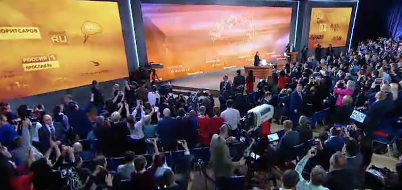 Conférence de presse annuelle de Vladimir Poutine le 14 décembre 2017 © capture d'écran du direct.