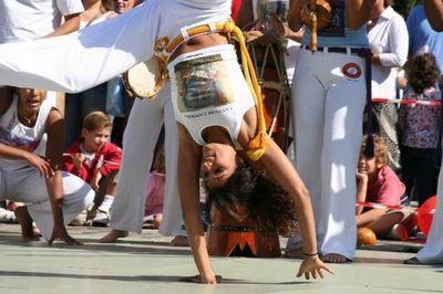 Canto de capoeira : Initiation à la capoeira pour la journée de la femme