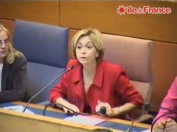 Valérie Pécresse, présidente du groupe UMP au Conseil régional, entend jouer pleinement son rôle d'opposante