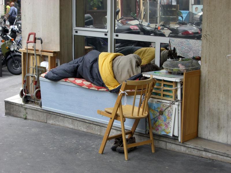 """SDF à Paris pendant les """"beaux jours"""" © DR"""