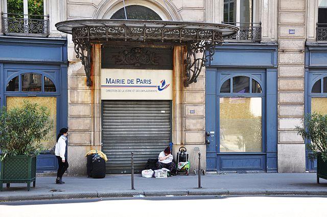 La Direction de la Voirie et des Déplacements (DVD) au 40 rue du Louvre 75001 Paris en 2015 © Philippe Alès CC BY-SA 4.0