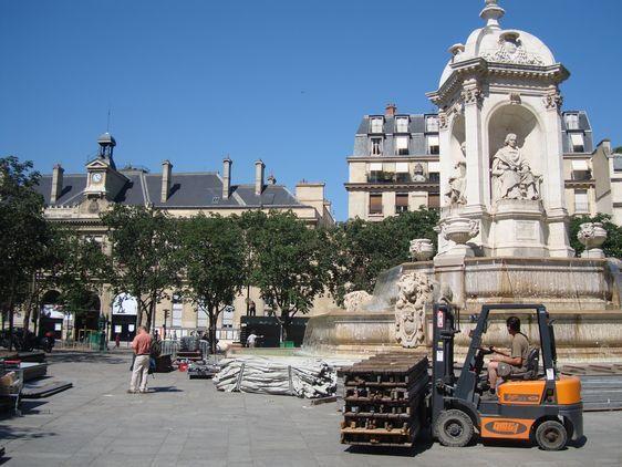 Le démontage du Village Saint-Germain demande 4 jours de travail