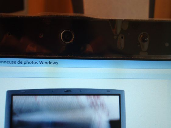 La webcam allumée permet également à des personnes malveillantes de voir ce que vous êtes en train de faire