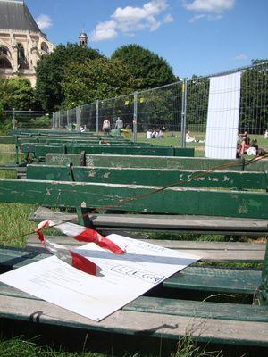 Le 1er permis de démolir, suspendu le 12 mai suite au référé d'Accomplir, est toujours visible