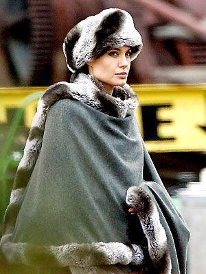 (c) Salt - Angelina Jolie joue Evelyn Salt, dans un film de Phillip Noyce