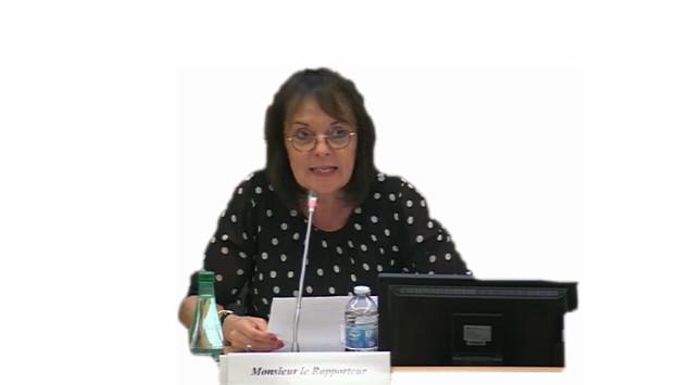 Dans quelle commission Brigitte Kuster député de Paris siège-t-elle ?