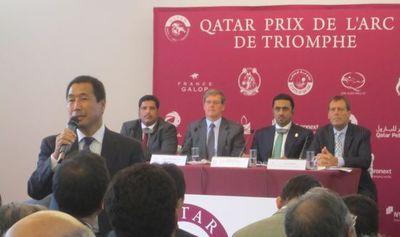 Son Excellence Cheikh Mohammed Bin Faleh Al Thani, président du Racing and Equestrian Club, et Hubert Mozat, directeur général France Galop