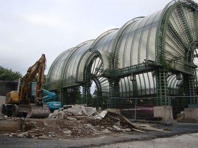Deux permis de démolir ont été déposés par la Mairie de Paris : démolition du jardin des Halles (notre photo) et du pavillon Willerval. Aucun permis de construire n'a encore été déposé.