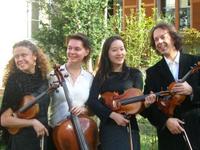 (c) Le Quatuor Antarès : Agnès Domergue, Dania Draga, Cécile Nicolas et Ruggero Capranico.