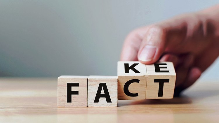 Fact - Fake News © Creative Commons Atribusi-Berbagi Serupa 4.0 Internasional