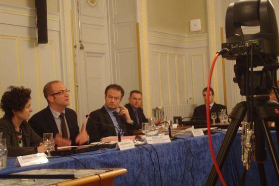 Romain Lévy, adjoint au Maire de Paris chargé de la Protection de l'Enfance, n'accepte pas la mutualisation des commissariats du 5e et du 6e dans le 5e arrondissement.