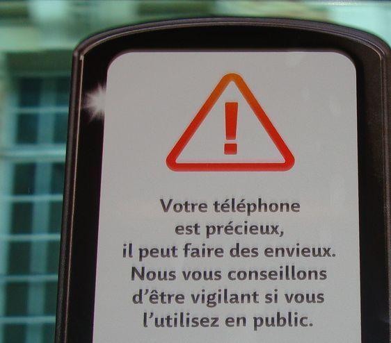Campagne anti-vol de smartphones dans les bus de la RATP - Photos : VD.
