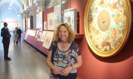 Caroline Mathieu, commissaire de l'exposition et conservatrice au Musée d'Orsay - Photo : Louise Wessier.