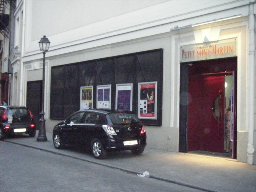 Le théâtre du Petit Saint-Martin présente La dernière nuit de Sand et Musset jusqu'au 29 avril 2011. Photo : Louise Wessier.