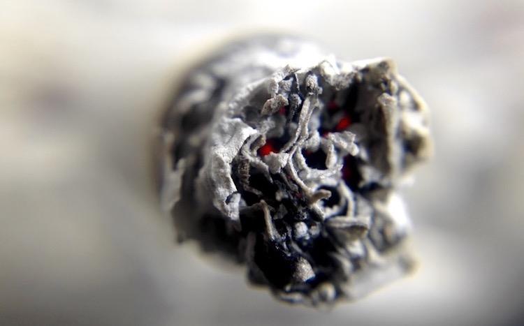 Fumées et incendie © Archives Paris Tribune.