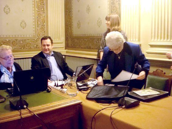 Les élus s'installent avant le conseil d'arrondissement - Photo : VD.