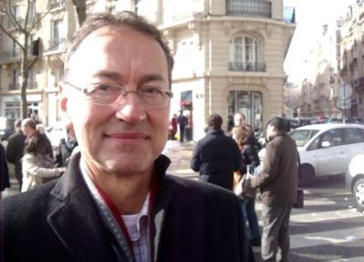 Claude Dargent sur le marché avenue Saxe - Crédit : VD.