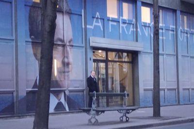 QG du candidat Sarkozy à quelques centaines de mètres du siège de l'UMP dans le 15e arrondissement - Photo : Archives Paris Tribune Fév. 2012.