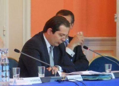 """Yves Hervouet des Forges (UMP) se dit """"pour la concertation et contre les forceps !"""" - Photo : GB."""