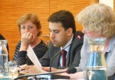 Les membres de l'opposition d'arrondissement (de g. à d.) : Annick Lepetit, Patrick Klugman et Isabelle Gachet - Photo : GB.