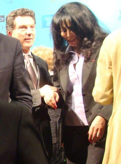 Yamina Benguigui aux Lauriers d'or en février 2012 à la Mairie de Paris avec Patrick Bézier, Président du Club Audiovisuel de Paris- Photo : VD.
