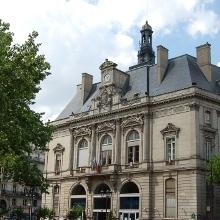 (c) Mairie du 11e arrondissement.