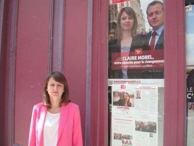 Claire Morel devant le QG de campagne dans le 2e arrondissement de Paris - Photo : VD.