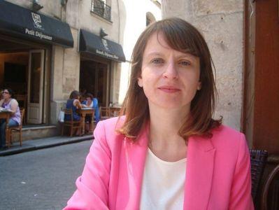 Claire Morel en face du QG de campagne dans le 2e arrondissement de Paris - Photo : VD.