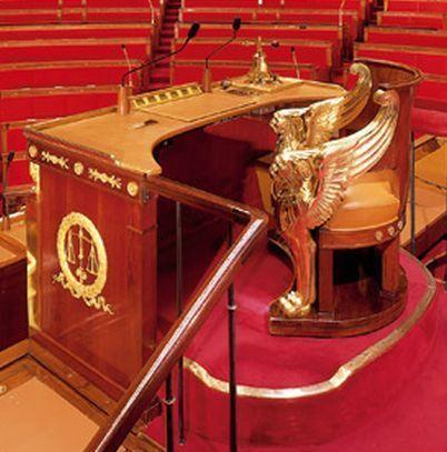 Le fauteuil du Président de l'Assemblée Nationale (c) Assemblée Nationale.