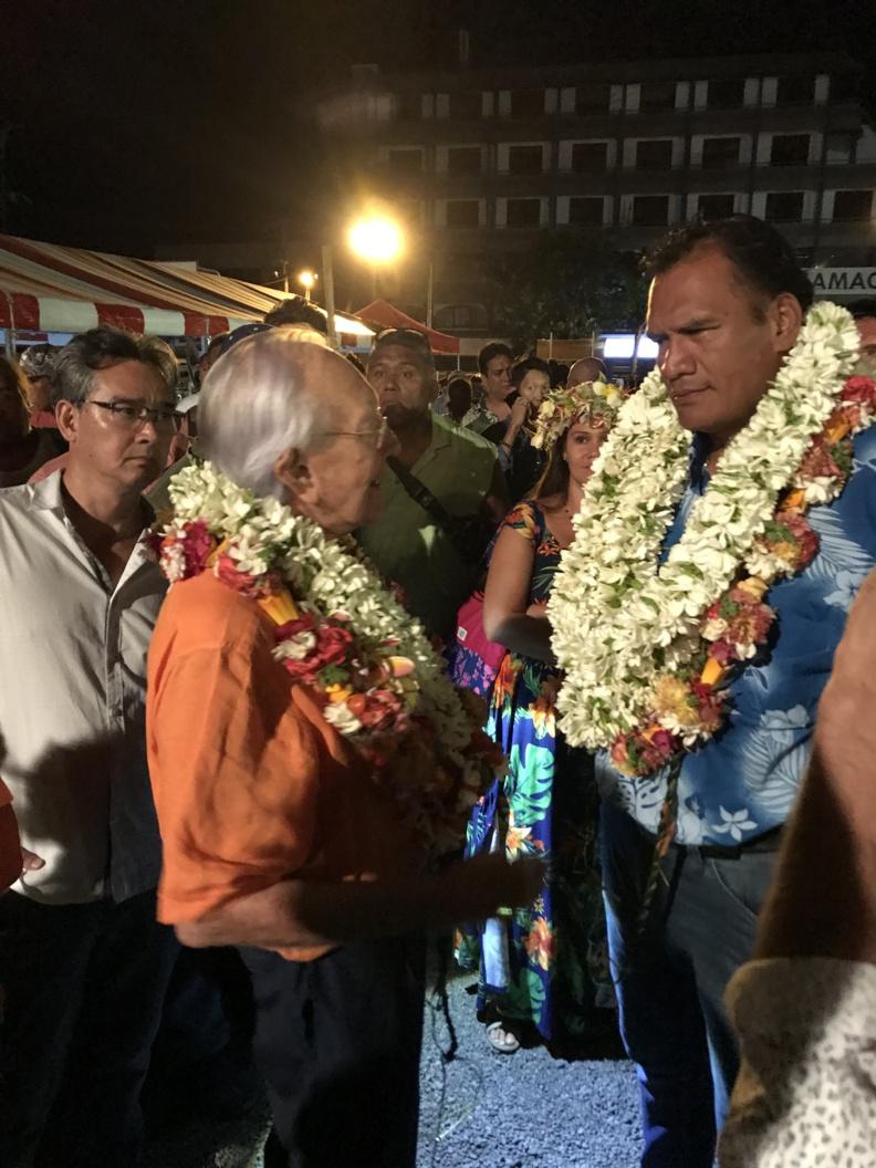Tauhiti Nena, soutenu par Gaston Flosse, talonne Michel Buillard, maire de Papeete réélu pour un cinquième mandat @ VD / MT.