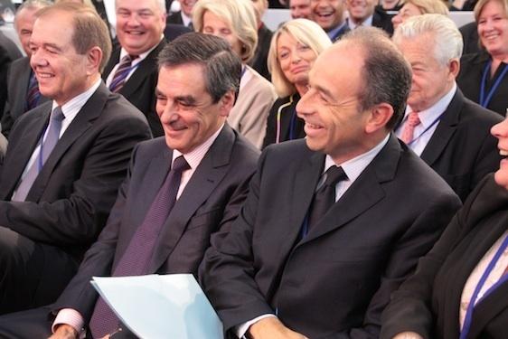 Souriants côte à côte : François Fillon et Jean-François Copé, une photo rare sur le site de l'UMP - Crédit photo : UMP.