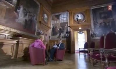 """A 3 minutes et 24 secondes du début de l'interview : """"On a de la lumière qui disparaît au fur et à mesure"""" (c) Capture d'écran France 2."""