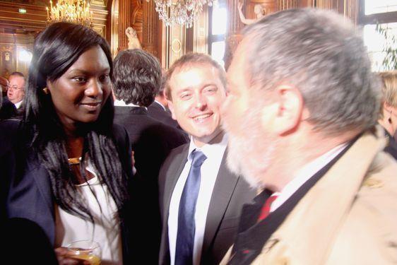 Seybah Dagoma démissionne de son mandat de conseiller de Paris du 1er (2008 - 2012),  Loïg Raoul (au centre) devient conseiller de Paris du 1er et Alain Legarrec, conseiller de Paris du 1er de 2001 à 2008  - Hôtel de Ville le 15 mai 2012 jour du discours de François Hollande - Photo : VD.