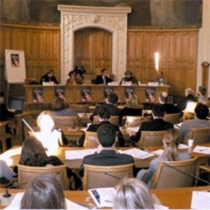 Conférence en salle des conseils - Crédit photo : Paris 2.