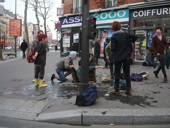 Sortie des égouts à l'angle du boulevard Brune et de l'avenue de Montrouge dans le XIVe arrondissement.