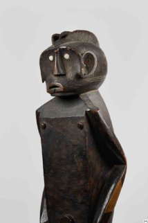 Masculine Statue, 92cm, Gbaya, Oubangui, Central Africa, Second half of 19th century, wood, donated by Marc Ladreit © Musée du Quai Branly - Jacques Chirac, photo Pauline Guyon.