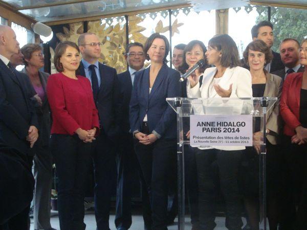 Anne Hidalgo et les têtes de liste le 11 octobre 2013.