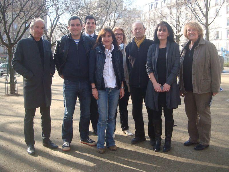 Marie-Claire Carrère-Gée et ses colistiers de la liste 100% 14e - Photo : VD.