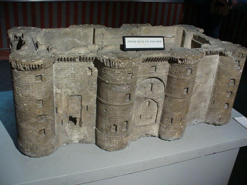 L'un des modèles de la forteresse de la Bastille : le modèle en pierre de la Bastille - Musée Carnavalet, Paris - Crédit : Parisette, sous licence Creative Commons.