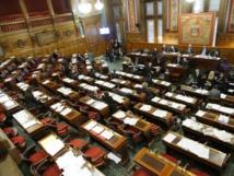 21h08 : 2 minutes avant la suspension de séance du conseil de Paris le 10 février 2015 © VD Paris Tribune