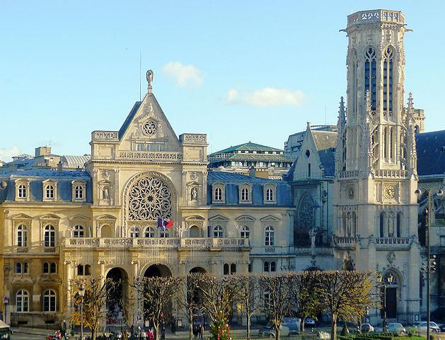 Mairie du 1er arrondissement - Paris © Mbzt sous licence creative commons.