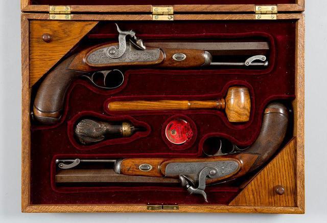 Lot 218 - Paire de Pistolet ayant appartenu au Maréchal Bazaine - vente à Paris © Ader.