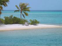 Atoll d'Apataki dans l'archipel des Tuamotu © RJD DR