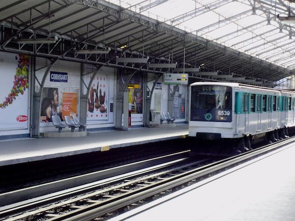 Station de métro Corvisart 75013 Paris © Geralix